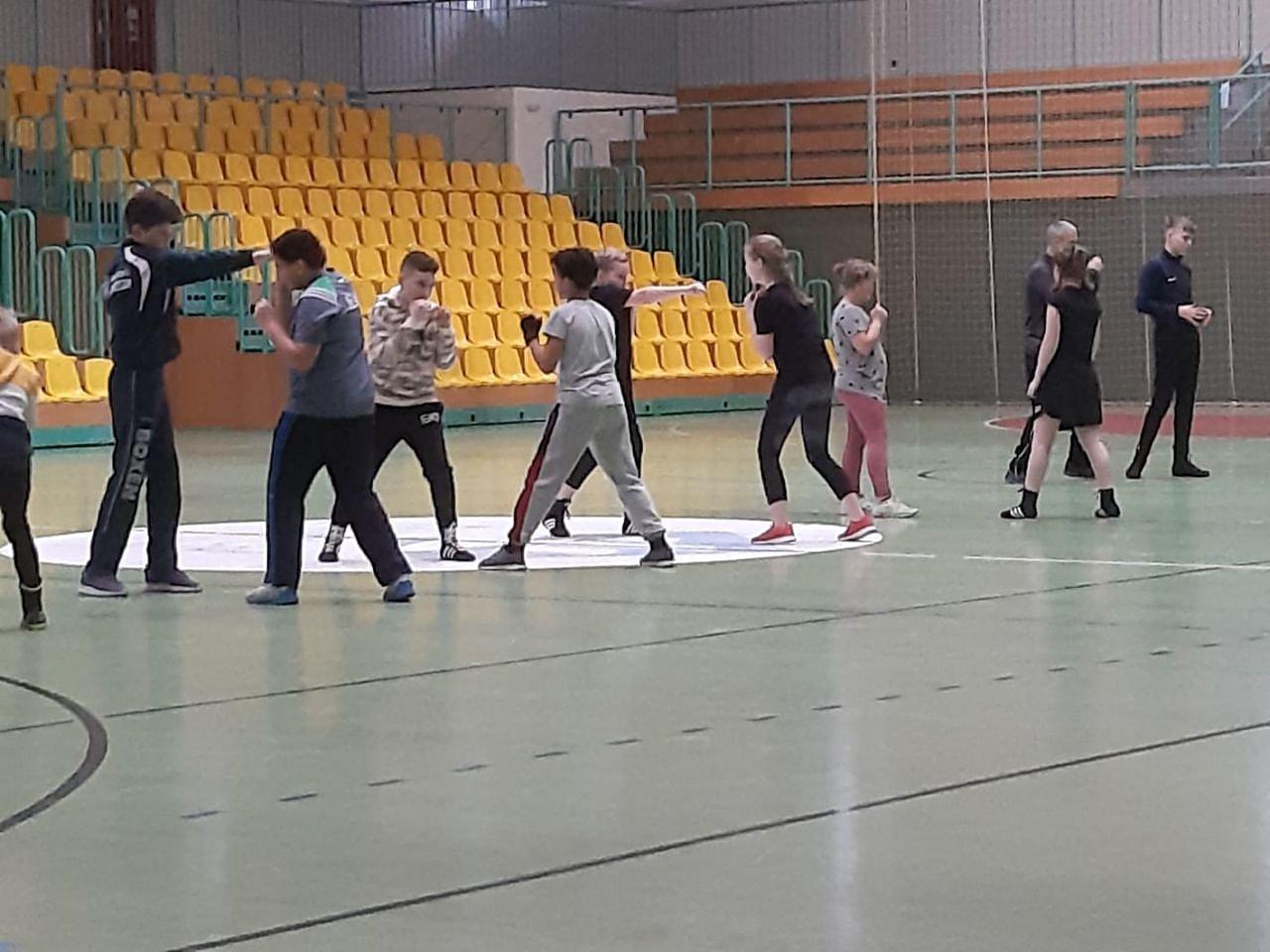 Nordhäuser Boxjugend am Olympiastützpunkt in Frankfurt/Oder (Foto: BSG Altstadt 05 Nordhausen)