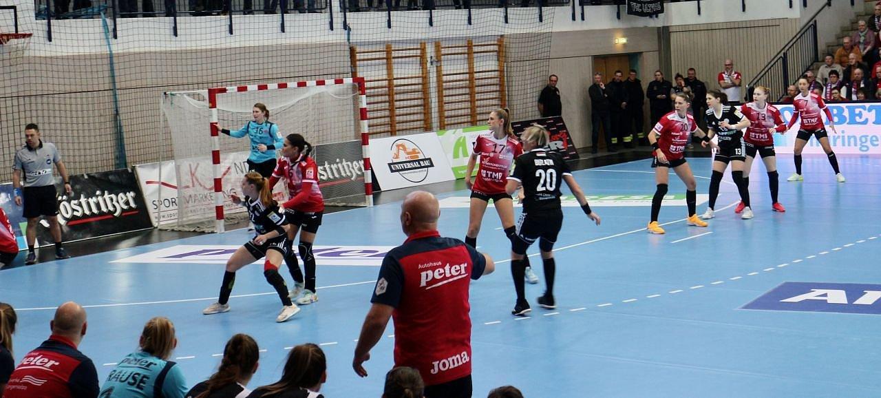 Thüringer HC gegen DVSC Schaeffler Debrecen (Foto: Angelo Glashagel)