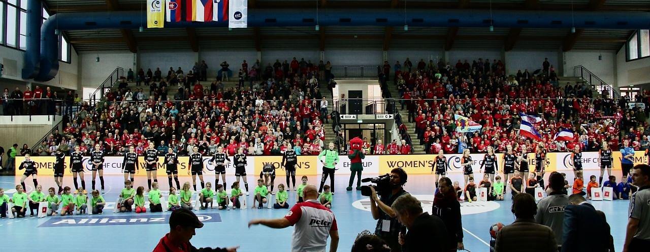 Thüringer HC gegen DHK Banik Most (Foto: Angelo Glashagel)