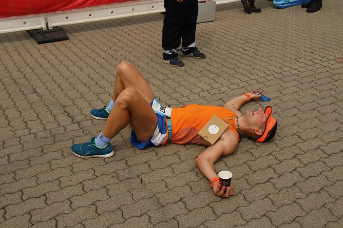 Sebastian Hartmann war nach 1:36:17 der erste im Ziel (Foto: agl)
