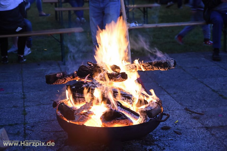 Osterfeuer in NDH Salza